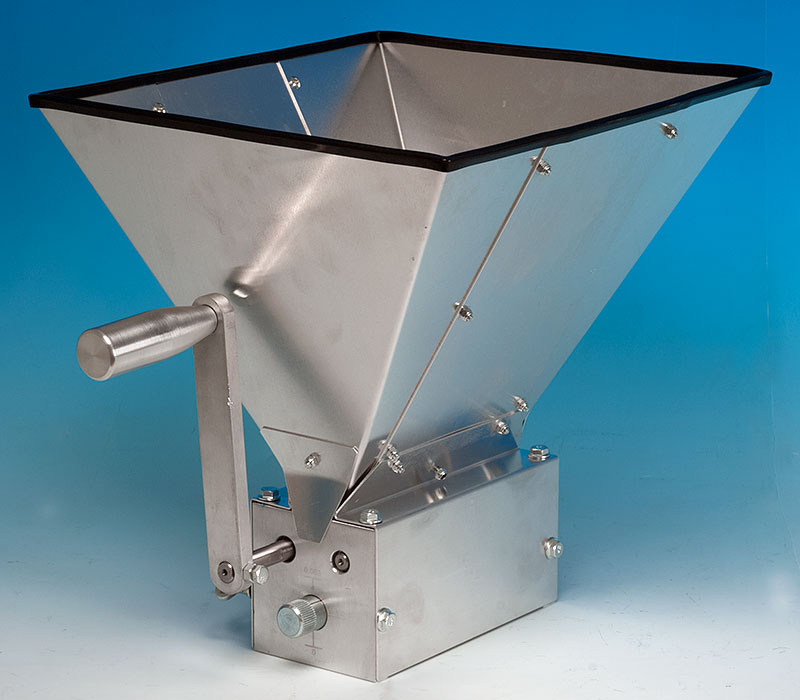 Maltmuncher Three Roller Mill With Base