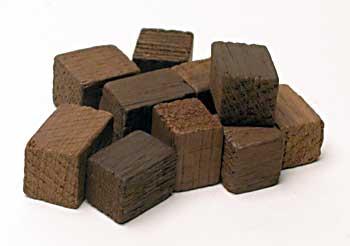 4 Oz. American Oak Cubes